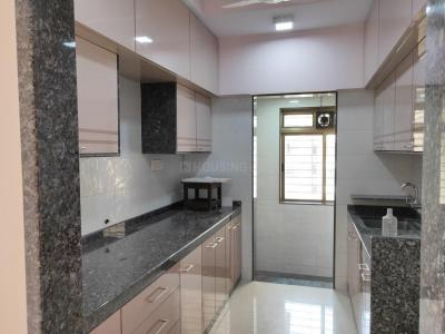 Gallery Cover Image of 1000 Sq.ft 2 BHK Apartment for buy in Chembur for 18000000