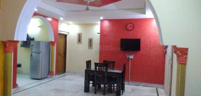 Gallery Cover Image of 1800 Sq.ft 3 BHK Independent Floor for buy in Kaushambi for 8500000