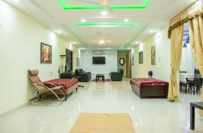 Gallery Cover Image of 2200 Sq.ft 3 BHK Apartment for rent in Bandlaguda Jagir for 40200