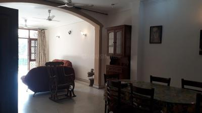Gallery Cover Image of 2700 Sq.ft 3 BHK Independent Floor for rent in DLF Phase 2 for 44000