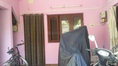 Gallery Cover Image of 250 Sq.ft 1 RK Independent House for rent in Medavakkam for 4500