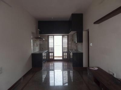 Gallery Cover Image of 900 Sq.ft 2 BHK Apartment for rent in Rajajinagar for 18000