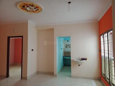 Gallery Cover Image of 750 Sq.ft 2 BHK Villa for buy in Guduvancheri for 3500000