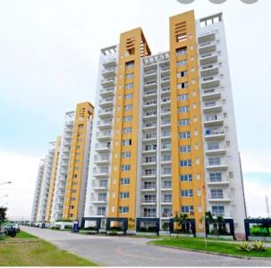 Gallery Cover Image of 2353 Sq.ft 3 BHK Apartment for buy in Park Grandeura, Sector 82 for 9000000