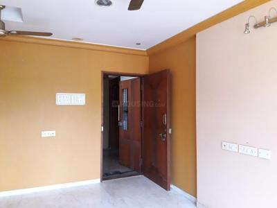 Gallery Cover Image of 900 Sq.ft 2 BHK Apartment for rent in Goregaon East for 31000