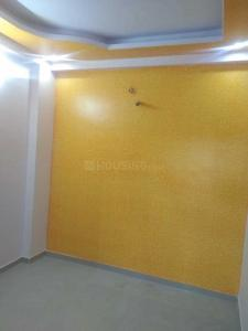 Gallery Cover Image of 1100 Sq.ft 3 BHK Apartment for buy in Jamna Puri for 2500000
