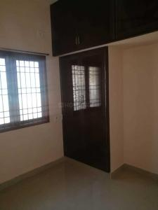 Gallery Cover Image of 1000 Sq.ft 2 BHK Apartment for rent in Chromepet for 18000