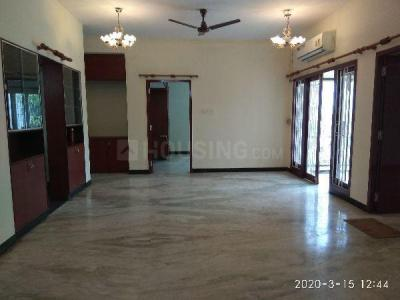 Gallery Cover Image of 2500 Sq.ft 3 BHK Apartment for rent in Raja Annamalai Puram for 60000