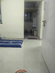 Gallery Cover Image of 340 Sq.ft 1 BHK Apartment for rent in Kandivali East for 5500