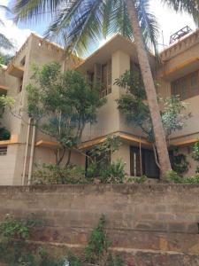 Gallery Cover Image of 5000 Sq.ft 10 BHK Villa for buy in DRA Ranka Stelo, Saptapur for 22000000