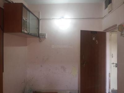 Gallery Cover Image of 450 Sq.ft 1 RK Apartment for rent in Karve Nagar for 7000