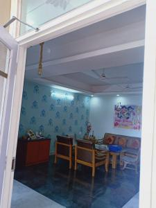 Gallery Cover Image of 1250 Sq.ft 2 BHK Independent Floor for rent in Rajender Nagar for 18000