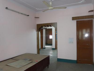 Gallery Cover Image of 1000 Sq.ft 2 BHK Apartment for rent in Vasundhara Enclave for 18000