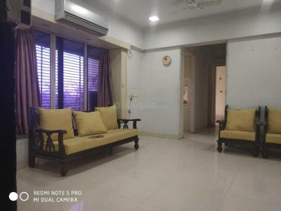 Gallery Cover Image of 910 Sq.ft 3 BHK Apartment for rent in Ghatkopar West for 65000