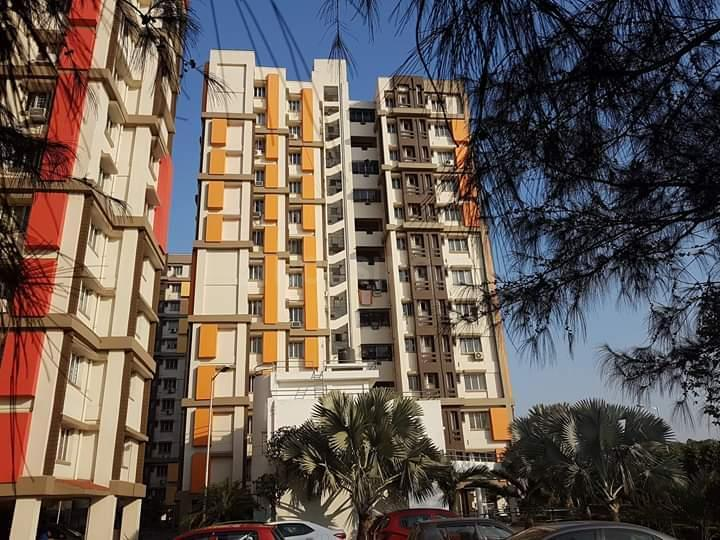 Building Image of 1300 Sq.ft 3 BHK Apartment for rent in Howrah Railway Station for 25000