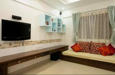 Gallery Cover Image of 1600 Sq.ft 3 BHK Apartment for rent in Magarpatta City for 40000