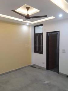 Gallery Cover Image of 900 Sq.ft 3 BHK Independent Floor for rent in Dwarka Mor for 19000