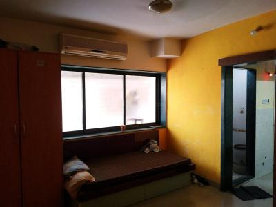Gallery Cover Image of 280 Sq.ft 1 RK Apartment for rent in Andheri East for 15500