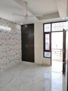 Gallery Cover Image of 900 Sq.ft 2 BHK Independent Floor for buy in Sector 33 for 3500000