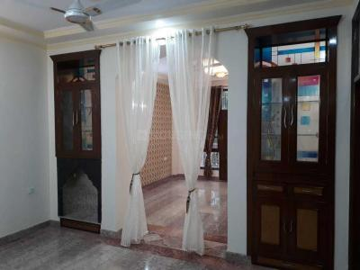 Gallery Cover Image of 1634 Sq.ft 3 BHK Independent Floor for buy in Mukherjee Nagar for 16800000