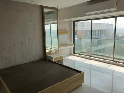Gallery Cover Image of 1500 Sq.ft 3 BHK Apartment for buy in Juhu for 65000000