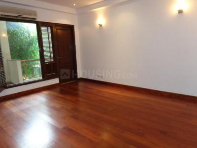 Gallery Cover Image of 4060 Sq.ft 3 BHK Independent Floor for rent in West End for 150000