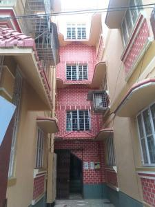 Gallery Cover Image of 1200 Sq.ft 3 BHK Apartment for rent in Dhakuria for 14000
