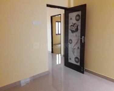 Gallery Cover Image of 1300 Sq.ft 3 BHK Apartment for rent in Sithalapakkam for 12000