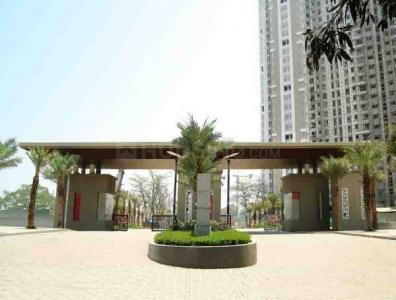 Gallery Cover Image of 882 Sq.ft 2 BHK Apartment for buy in Thane West for 9400000