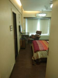 Gallery Cover Image of 300 Sq.ft 1 RK Apartment for rent in Marine Lines for 37000