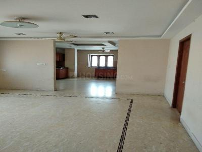 Gallery Cover Image of 1200 Sq.ft 2 BHK Apartment for buy in Nungambakkam for 15000000