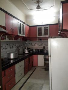 Kitchen Image of Srk Bhawan PG in Sector 20
