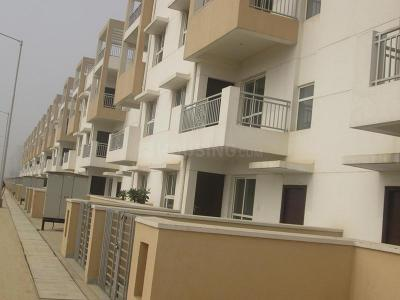 Gallery Cover Image of 1050 Sq.ft 3 BHK Independent Floor for buy in Sector 75 for 3200000
