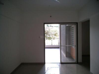 Gallery Cover Image of 950 Sq.ft 2 BHK Apartment for buy in Mundhwa for 6600000