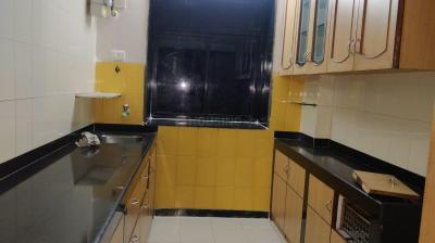 Gallery Cover Image of 1000 Sq.ft 2 BHK Apartment for rent in Goregaon West for 42000