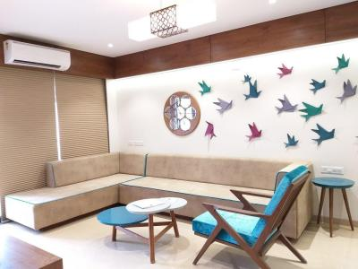 Gallery Cover Image of 1275 Sq.ft 2 BHK Apartment for rent in Bodakdev for 25000