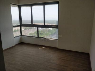 Gallery Cover Image of 700 Sq.ft 2 BHK Apartment for rent in Promenade At The Address, Ghatkopar West for 40000