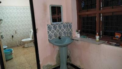 Bathroom Image of Sri Illam PG in Perungudi