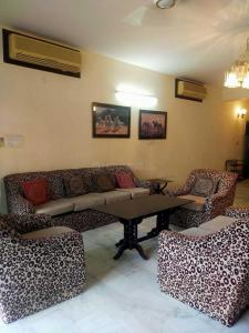 Gallery Cover Image of 2700 Sq.ft 3 BHK Villa for buy in Sushant Lok I for 40500000