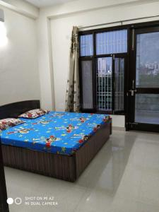 Gallery Cover Image of 1500 Sq.ft 3 BHK Independent Floor for rent in Sector 38 for 37000