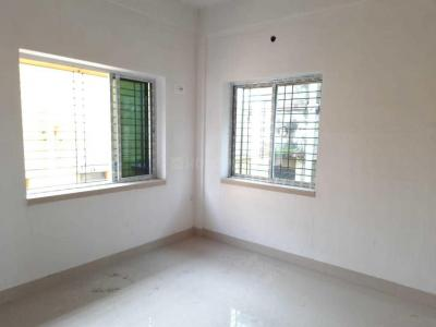 Gallery Cover Image of 1000 Sq.ft 3 BHK Apartment for buy in Baranagar for 3500000