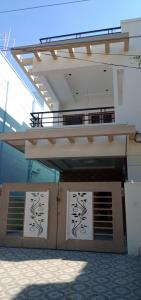 Gallery Cover Image of 3400 Sq.ft 4 BHK Villa for buy in Yapral for 20000000