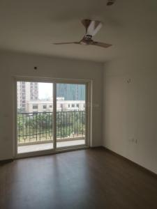 Gallery Cover Image of 1800 Sq.ft 3 BHK Apartment for rent in Zeta I Greater Noida for 19000