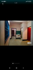 Gallery Cover Image of 650 Sq.ft 2 BHK Independent Floor for rent in Jadavpur for 15000