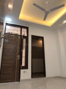 Gallery Cover Image of 350 Sq.ft 1 BHK Independent Floor for buy in Sector 7 for 2500000