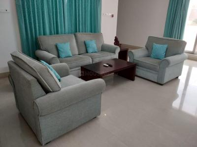 Gallery Cover Image of 1600 Sq.ft 3 BHK Independent Floor for rent in Ekkatuthangal for 47000