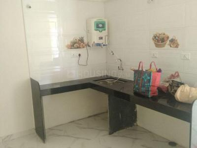 Gallery Cover Image of 1000 Sq.ft 2 BHK Apartment for rent in Hadapsar for 14000