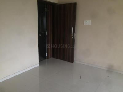 Gallery Cover Image of 1150 Sq.ft 2 BHK Apartment for rent in Goregaon West for 45000