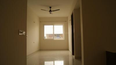 Gallery Cover Image of 1300 Sq.ft 2 BHK Apartment for rent in Pristine Meadows, Agrahara Layout for 17500