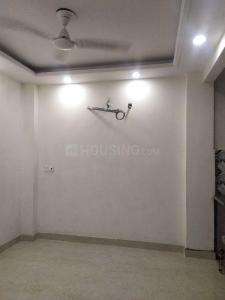Gallery Cover Image of 400 Sq.ft 1 RK Independent House for rent in Govindpuri for 6000